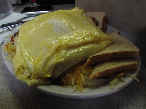 Beths-Cafe-12-Egg-Omelette